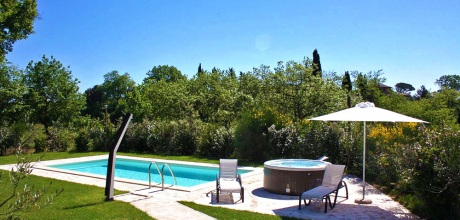 Toskana Ferienhaus Montepulciano 102 mit eigenem Pool und Whirlpool, Wohnfläche 35qm. Wechseltag Samstag, Nebensaison flexibel – Mindestmietzeit 1 Woche..