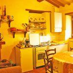 Ferienhaus Toskana TOH110 Küche mit Tisch