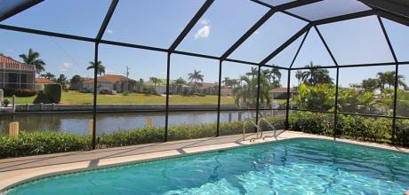 Deluxe – Villa Florida Marco Island 3657 mit Pool, Internet und Bootsanleger. Wechseltag flexibel.
