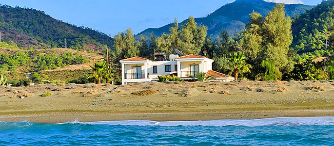 Ferienhaus zypern zyv4382 mit pool am meer f r 8 personen for Ferienhaus zypern