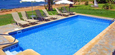 Ferienhaus Zypern Kissonerga 3409 mit beheizbarem Pool direkt am Meer. Wechseltag flexibel