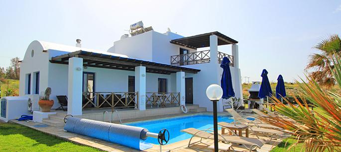 Ferienhaus zypern kissonerga 3409 direkt am meer mit pool for Ferienhaus zypern