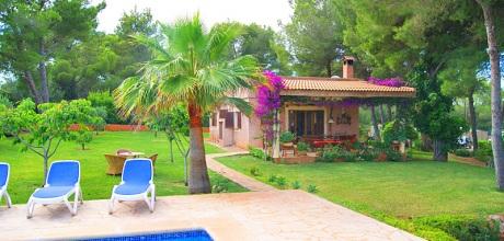 Mallorca Südostküste – Ferienhaus Porto Colom 2106 mit Pool, Strand 2km, Grundstück 2.000qm, Wohnfläche 70qm. Wechseltag flexibel – Mindestmietzeit 1 Woche