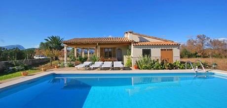 Mallorca Nordküste – Ferienhaus Puerto Pollensa 2150 mit Pool in Strandnähe (800m) für 4 Personen mieten. Wechseltag flexibel – Mindestmietzeit 1 Woche