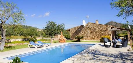 Mallorca Südostküste: Komfort Ferienhaus S'Horta 2300 mit Pool und Panoramablick, Wohnfläche 70qm, Grundstück 7000qm. Wechseltag ist flexibel – Mindestmietzeit 1 Woche