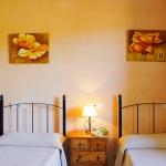 Ferienhaus Mallorca MA2300 Zweibettzimmer (2)