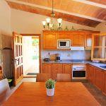 Ferienhaus Mallorca MA2310 Küche mit Tisch
