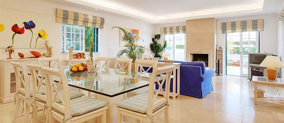 algarve ferienhaus gale 4065 mit pool in strandn he mieten. Black Bedroom Furniture Sets. Home Design Ideas