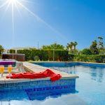 Ferienhaus Mallorca 2026 Pool mit Treppe