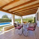 Ferienhaus Mallorca MA2090 Terrasse mit Gartenmöbel