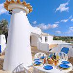 Villa Algarve ALS4002 Gartenmöbel auf der Terrasse