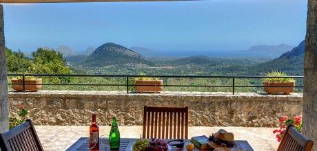 Mallorca Nordküste – Finca Pollensa 2261 mit Internet, Pool und Traumblick mieten. Wechseltag Samstag – Mindestmietzeit 1 Woche