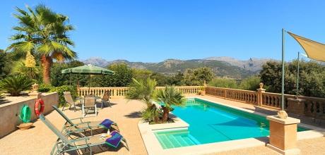 An Mallorcas Nordküste befindet sich das Komfort Ferienhaus Campanet 1283 mit Pool, Internet, Sauna und Traumblick, Wechseltag Samstag. 2019 buchbar.