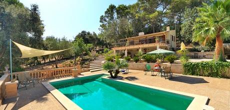 An Mallorcas Nordküste befindet sich das Komfort Ferienhaus Campanet 1283 mit Pool, Internet, Sauna und Traumblick, Wechseltag Samstag.