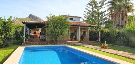 Komfort Ferienhaus Mallorca Puerto Pollensa 2030 mit Pool für 4 Personen mieten. Wechseltag Samstag.