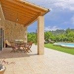 Ferienhaus Mallorca MA2087 überdachte Terrasse (2)