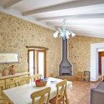 Ferienhaus Mallorca MA2087 Kaminofen im Wohnbereich