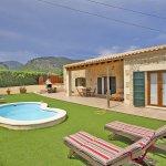 Ferienhaus Mallorca MA2087 Liegen am Swimmingpool