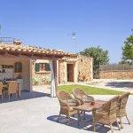Ferienhaus Mallorca MA2095 Terrasse und Grillhaus