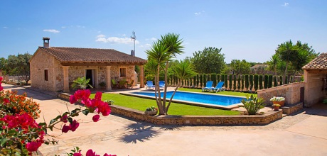 Komfort Ferienhaus Margalida 2097 mit Pool und Internet für 4 Personen. Wechseltag flexibel
