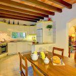 Ferienhaus Mallorca MA2160 Esstisch in der Küche
