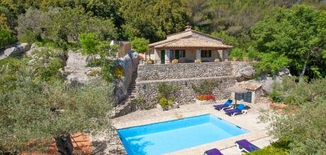 Mallorca Nordküste – Finca Pollensa 2261 mit Internet, Pool und Traumblick mieten. Wechseltag Samstag