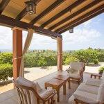 Finca Mallorca MA2077 überdachte Terrasse mit Gartenmöbel