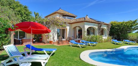 Costa del Sol Komfort-Ferienhaus Sotogrande 4025 mit Pool und Meerblick mieten, Strand 500m. Wechseltag Samstag, Nebensaison flexibel.