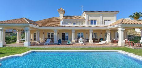 Deluxe-Ferienhaus Costa del Sol Alcaidesa 5010 in Strandnähe (1km) mit Pool für 10 Personen mieten. An- und Abreisetag Samstag!