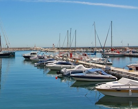 Hafen Estepona an der Costa del Sol