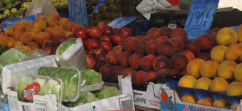 Ein Marktstand an der Algarve