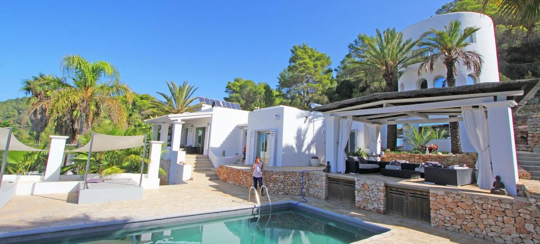 Ferienhaus Ibiza mit Pool