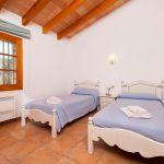 ferienhaus-mallorca-ma2040-zweibettzimmer