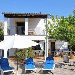 Ferienhaus Mallorca MA2160 Terrasse mit Gartenmöbel