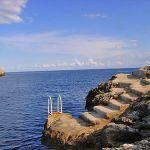 Ferienhaus Mallorca MA4795 Stufen und Leiter ins Meer