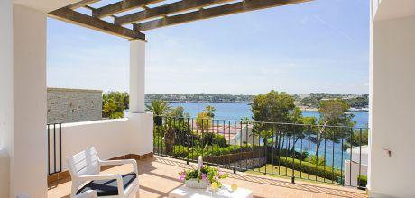 Mallorca Südostküste – Villa Porto Petro 6660 mit Pool direkt am Meer , Grundstück 1.900qm, Wohnfläche 315qm, Wechseltag flexibel möglich – Mindestmietzeit 1 Woche.