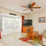 Ferienhaus Florida FVE32200 Wohnraum mit TV