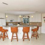 Ferienhaus Florida FVE32200 offene Küche mit Theke