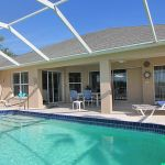 Ferienhaus Florida FVE41845 Liegen und Gartenmöbel am Pool
