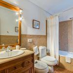 Ferienhaus Mallorca MA23370 Badezimmer mit Wanne