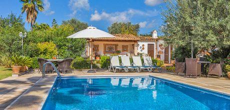 Mallorca Nordküste – Ferienhaus Pollensa 23370 mit Pool für 4 Personen. Wechseltag Samstag.