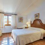 Ferienhaus Mallorca MA23370 Schlafzimmer mit Doppelbett