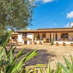 Ferienhaus Mallorca MA23370 Terrasse am Haus