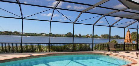 Luxus-Villa Florida Manasota Beach 41956 mit beheizbarem Pool und fantastischem Ausblick auf die Bay in Strandnähe (ca. 1,9km), Grundstück ca. 4.000qm, Wohnfläche ca. 250qm Wechseltag flexibel – Mindestmietzei 1 Woche.