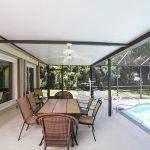Ferienhaus Florida FVE31720 überdachte Terrasse mit Gartenmöbel