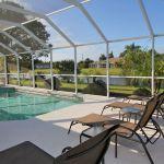 Ferienhaus Florida FVE3816 Sonnenliegen am Pool