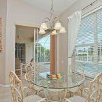 Ferienhaus Florida FVE41110 kleiner Esstisch