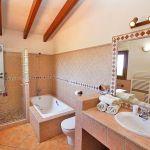 Ferienhaus Mallorca MA5208 Bad mit Dusche und Wanne