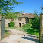 Ferienhaus Toskana TOH435 Einfahrt zum Haus