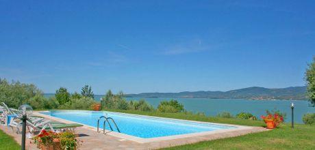 Toskana Ferienhaus San Feliciano 435 mit Pool und herrlichem Seeblick, Wohnfläche 220qm. Wechseltag Samstag, Nebensaison flexibel auf Anfrage. 2019 buchbar.